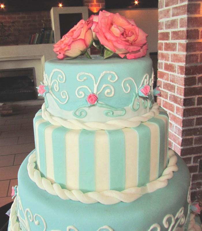 Adored Vintage 10 Vintage Inspired Wedding Cakes: Wedding Cakes