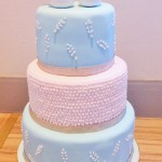 Vintage pastel love bird wedding cake