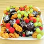 Brownies, Koeksusters and fruit platter